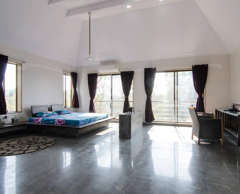 Villa in Alibaug